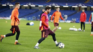 Barça's training session at Stamford Bridge