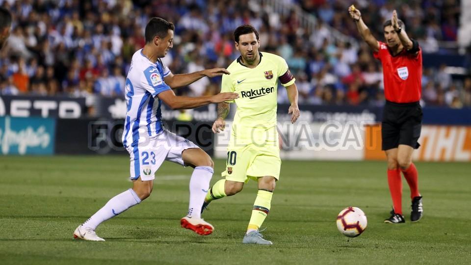 صور مباراة : ليغانيس - برشلونة 2-1 ( 26-09-2018 ) 99786039