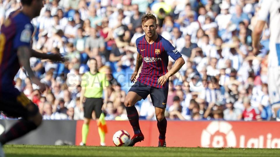 صور مباراة : ريال سوسيداد - برشلونة 1-2 ( 15-09-2018 ) 98522936