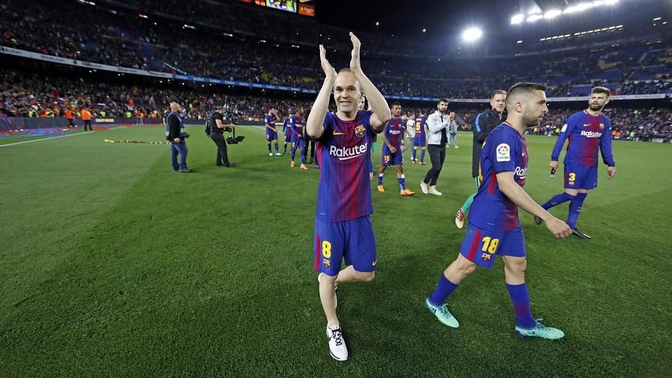 Iniesta, Messi, Piqué, Rakitic, Sergi Roberto y Ter Stegen optan al premio a la deportividad que otorga la Agrupación Barça Jugadores