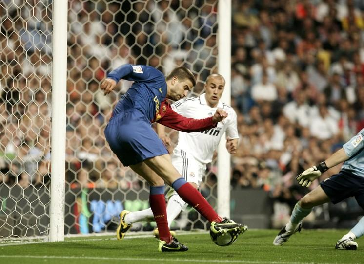 Real madrid fc barcelona 2 6 fc barcelona matchday 34 league 200809 fandeluxe Images