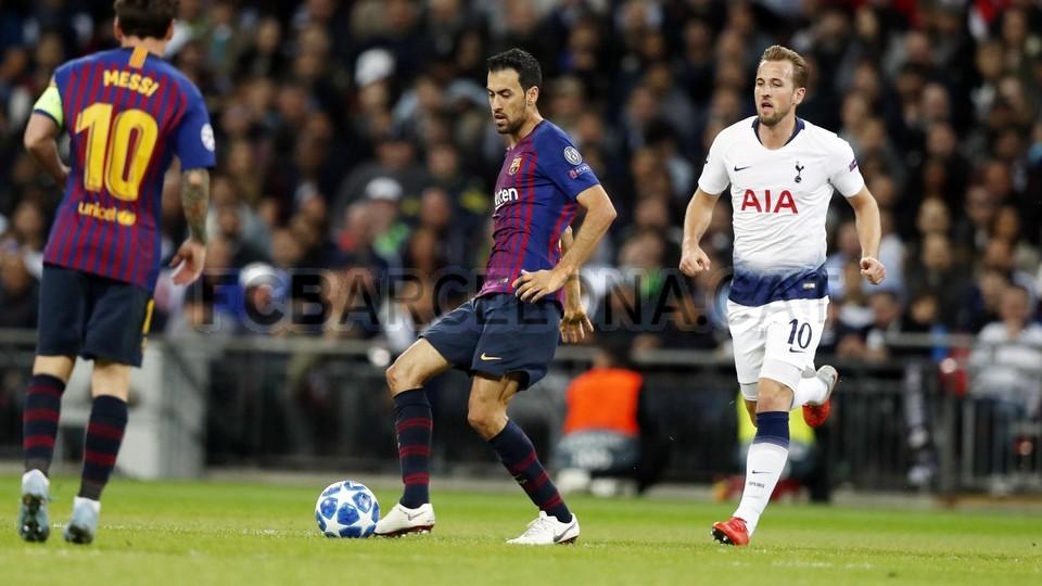 صور مباراة : توتنهام - برشلونة 2-4 ( 03-10-2018 )  100647996