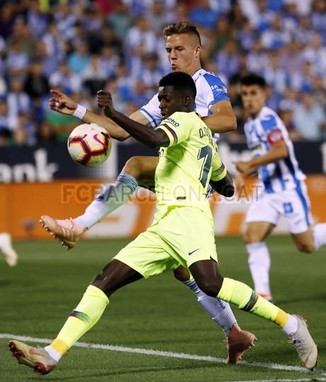 صور مباراة : ليغانيس - برشلونة 2-1 ( 26-09-2018 ) 99786045