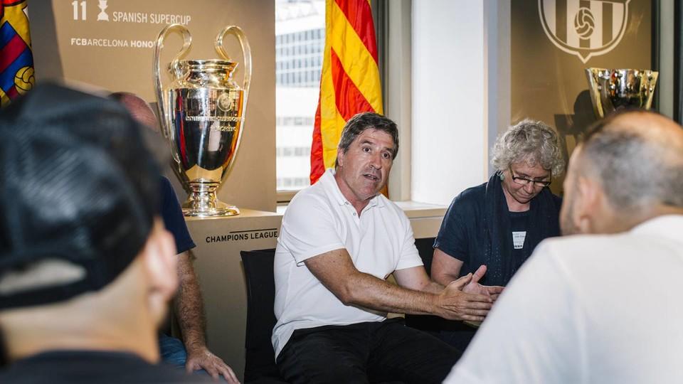 Jordi roura visita las oficinas de nueva york fc barcelona for Oficinas fc barcelona