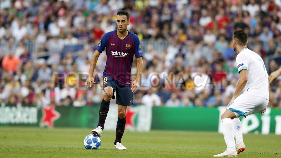 صور مباراة : برشلونة - PSV إندهوفن 4-0 ( 18-09-2018 )  98884158