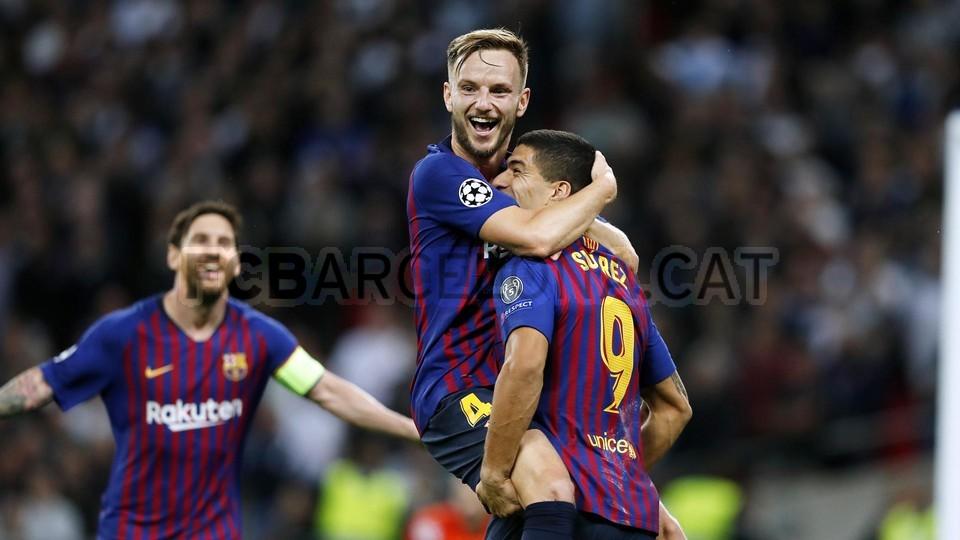 صور مباراة : توتنهام - برشلونة 2-4 ( 03-10-2018 )  100648002