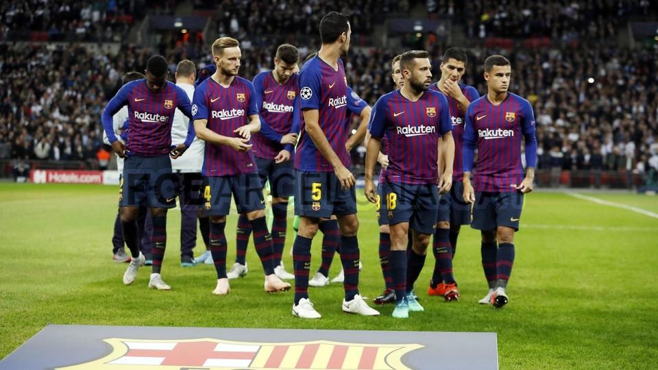 صور مباراة : توتنهام - برشلونة 2-4 ( 03-10-2018 )  100686403