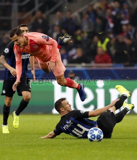 صور مباراة : إنتر ميلان - برشلونة 1-1 ( 06-11-2018 )  102198596