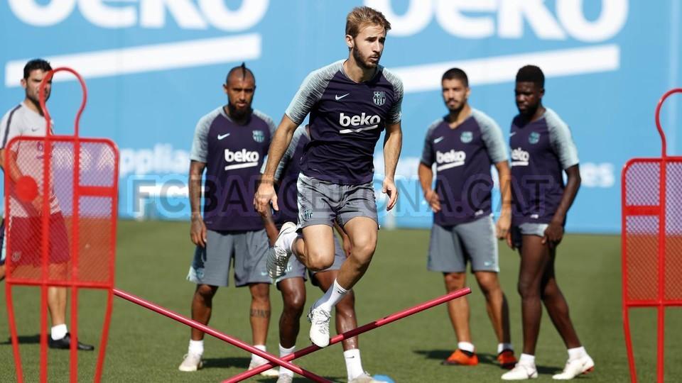 تدريبات مكثفة في برشلونة استعداداً لمباراة الأحد ضد جيرونا 21-09-2018 99246916