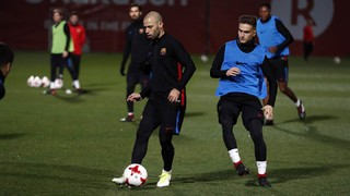 The Argentinian has picked up a thigh injury while the captain's soleus problem has been confirmed and neither will feature in Wednesday's Copa del Rey quarter final
