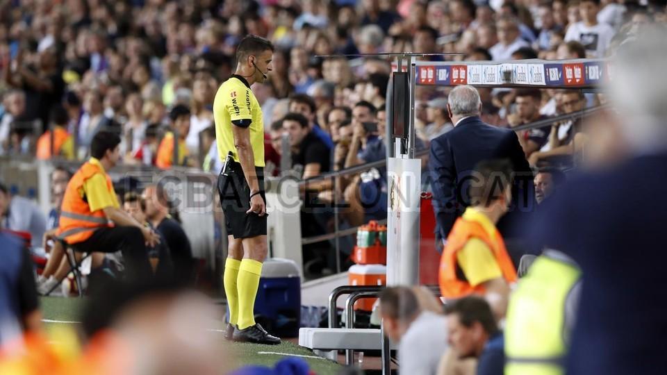 صور مباراة : برشلونة - جيرونا 2-2 ( 23-09-2018 )  99533893