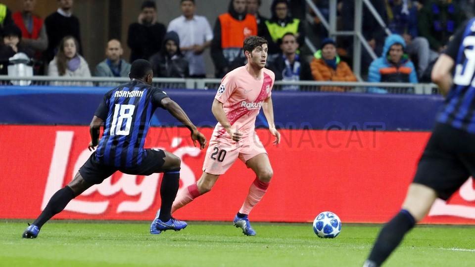 صور مباراة : إنتر ميلان - برشلونة 1-1 ( 06-11-2018 )  102161223