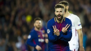 Piqué becomes third highest scoring defender in Champions League