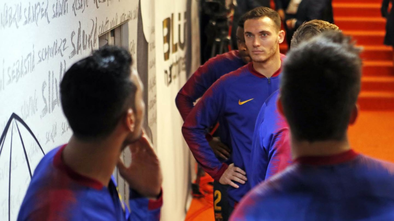 Medical tests carried out on Monday confirm that Thomas Vermaelen has suffered an injury to his right hamstring