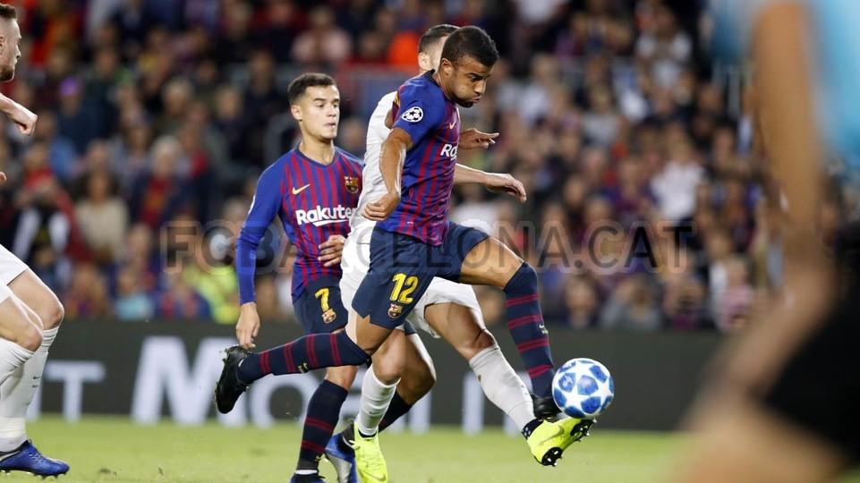 صور مباراة : برشلونة - إنتر ميلان 2-0 ( 24-10-2018 )  101520972