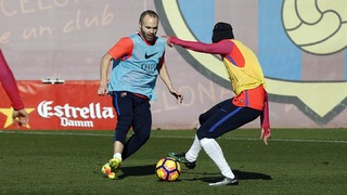 Andrés Iniesta receives medical green light for El Clásico