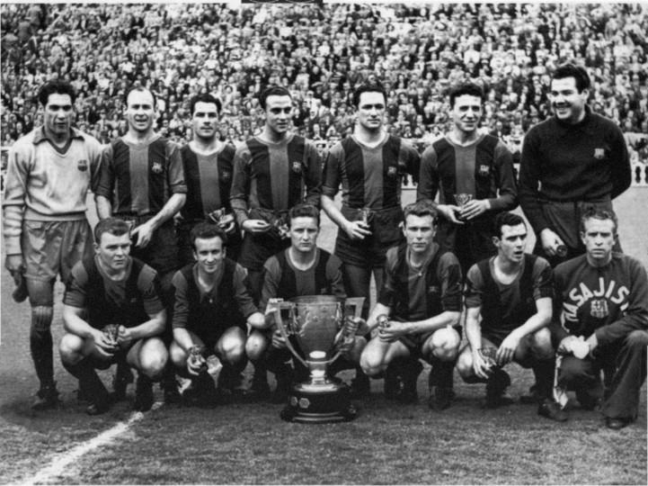 Team photo of the famous team before a match
