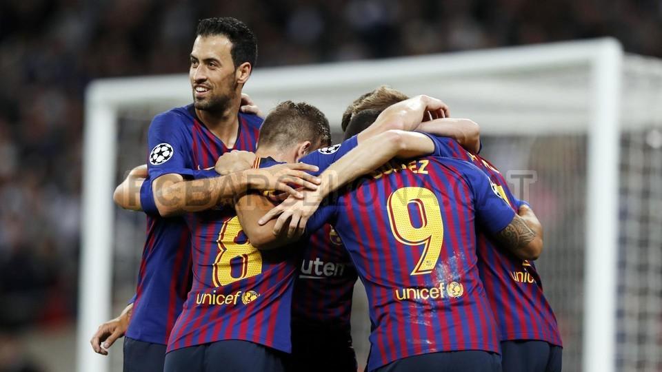 صور مباراة : توتنهام - برشلونة 2-4 ( 03-10-2018 )  100648014