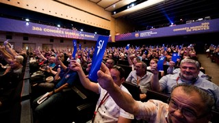 A partir de las 11.20 horas, desde el Palau de Congressos, sigue el 39º Congreso Mundial de Penyes