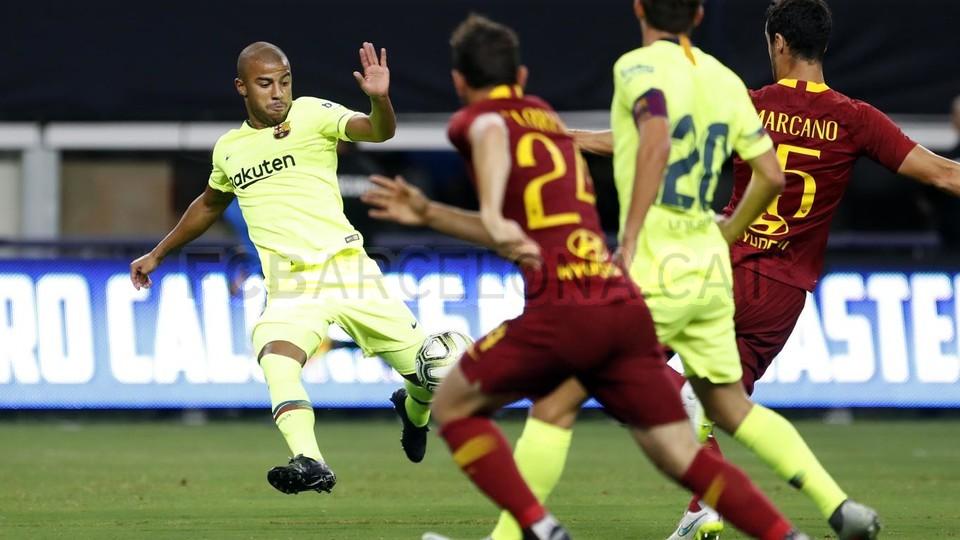 صور مباراة : برشلونة - روما 4-2 ( 01-08-2018 )  95179854