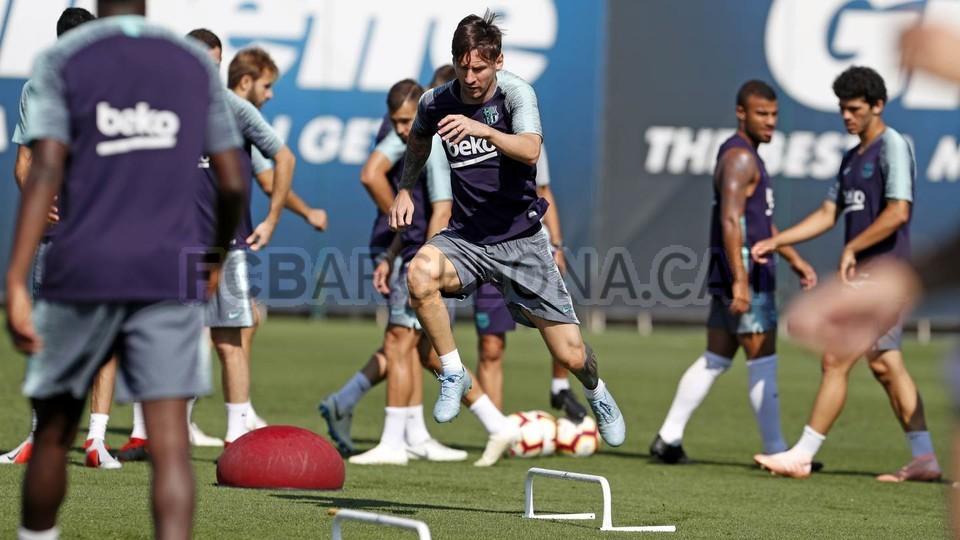 تدريبات مكثفة في برشلونة استعداداً لمباراة الأحد ضد جيرونا 21-09-2018 99246928