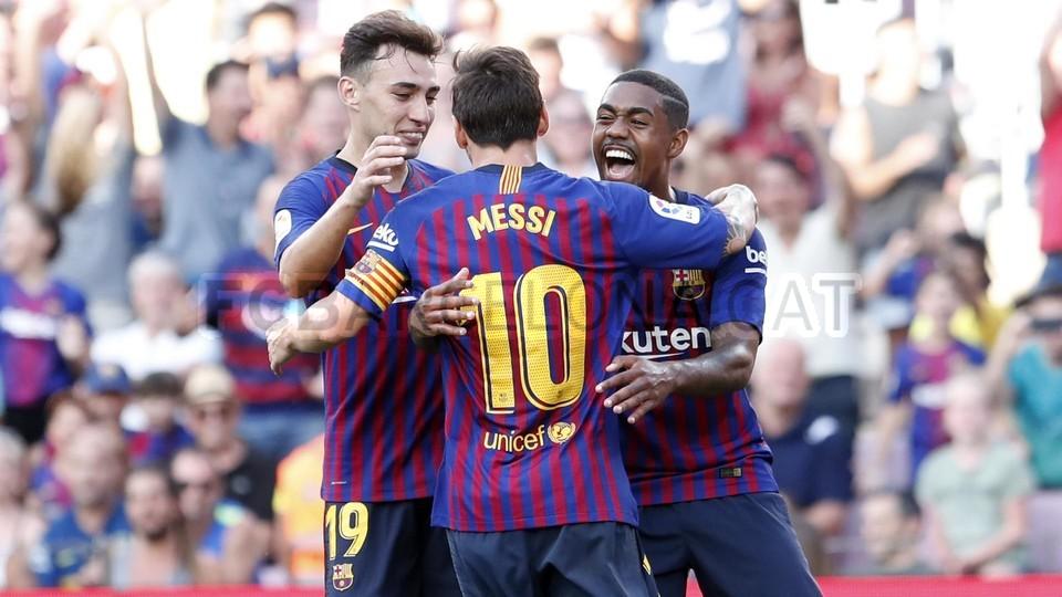 صور مباراة : برشلونة - بوكا جونيورز ( 16-08-2018 )  95974481
