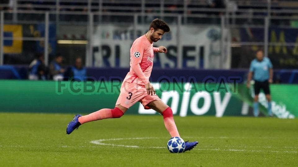 صور مباراة : إنتر ميلان - برشلونة 1-1 ( 06-11-2018 )  102164561