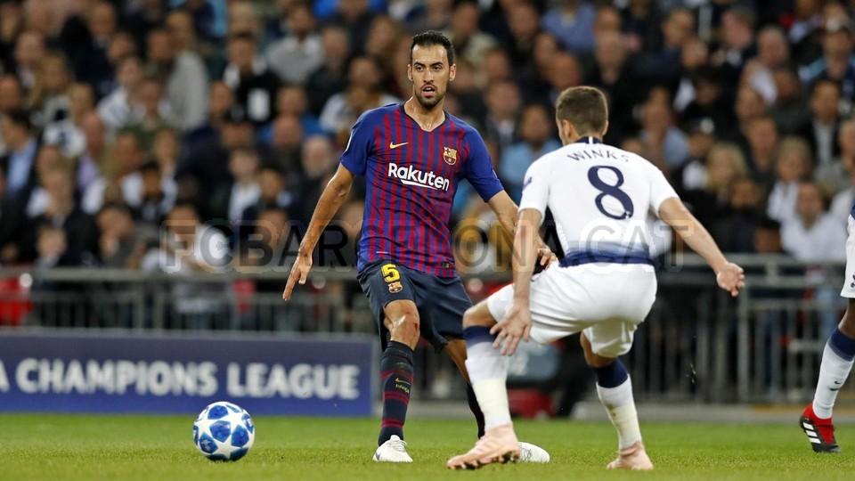 صور مباراة : توتنهام - برشلونة 2-4 ( 03-10-2018 )  100648020