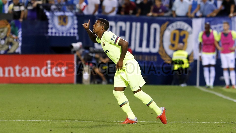 صور مباراة : ليغانيس - برشلونة 2-1 ( 26-09-2018 ) 99786069