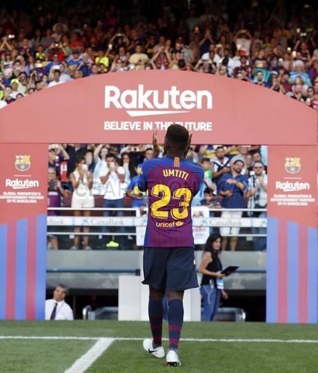 صور مباراة : برشلونة - بوكا جونيورز ( 16-08-2018 )  96023896