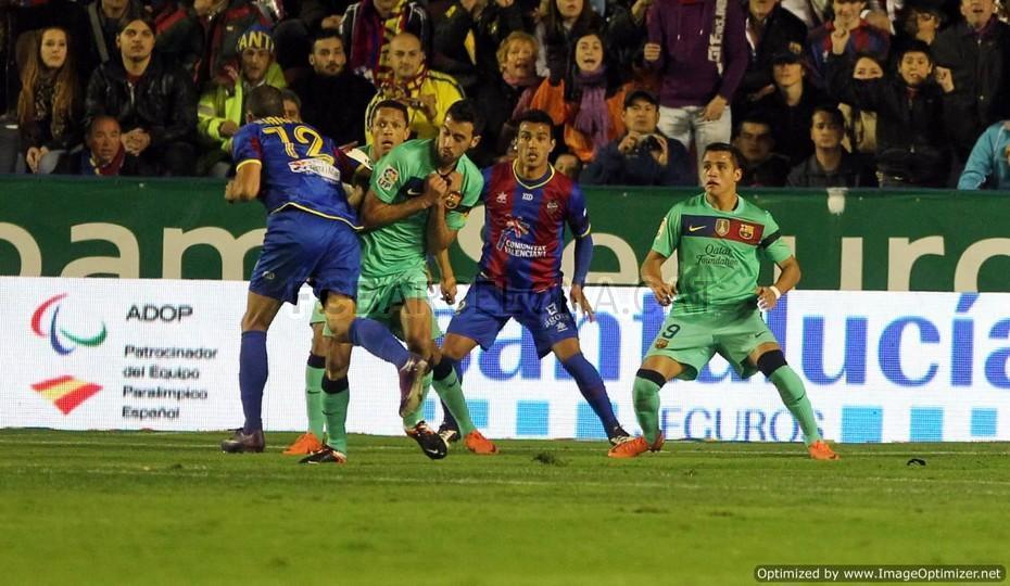 عکس رونالدو در بازی با بارسلونا
