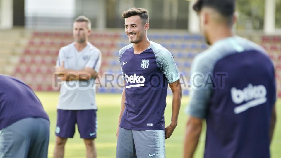 تدريب مشترك مع برشلونة ب ، ميسي ، بيكي ، جوردي ألبا ، سيرجيو ، سامبر  95313929