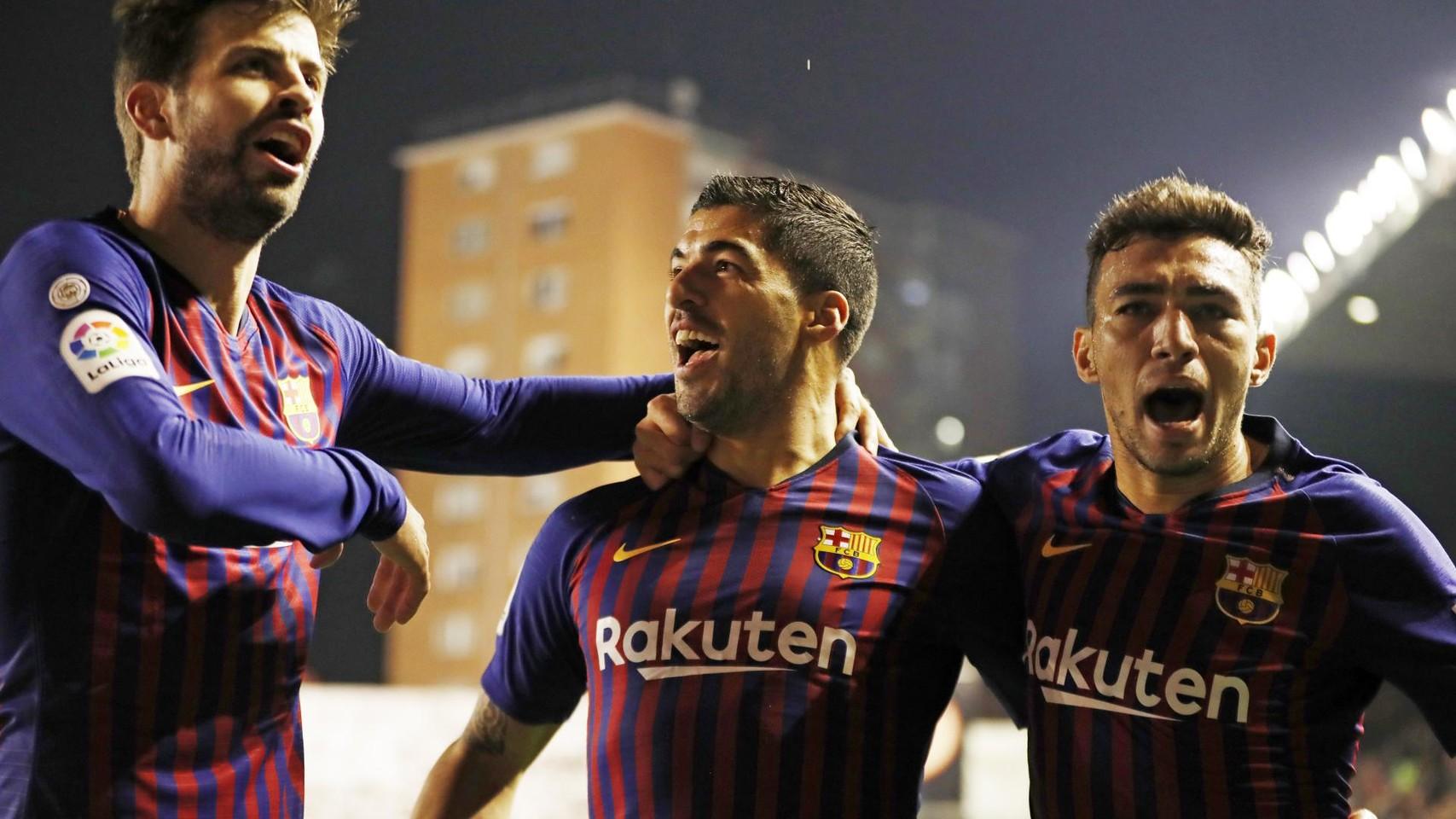 صور مباراة : رايو فاليكانو - برشلونة 2-3 ( 03-11-2018 )  102064137