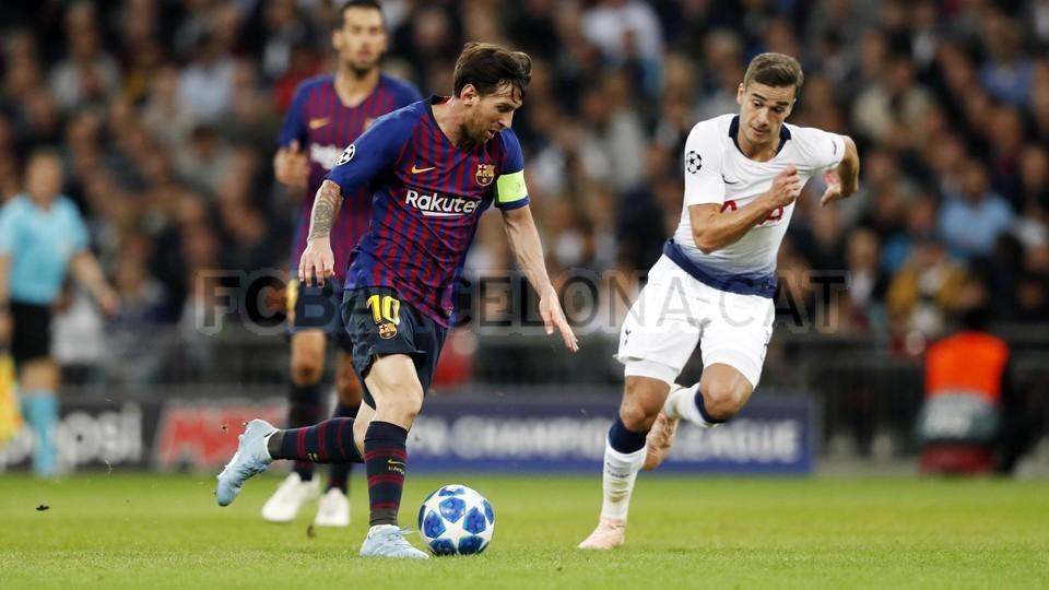 صور مباراة : توتنهام - برشلونة 2-4 ( 03-10-2018 )  100648026