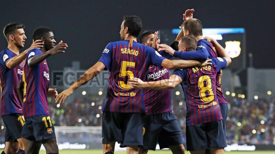 صور مباراة : برشلونة - إشبيلية 2-1 ( 13-08-2018 )  95762522