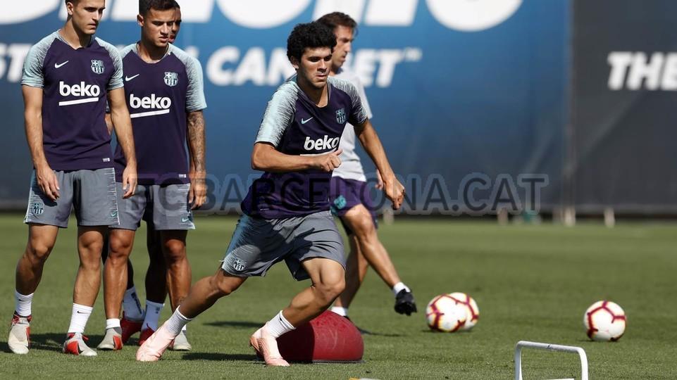 تدريبات مكثفة في برشلونة استعداداً لمباراة الأحد ضد جيرونا 21-09-2018 99246940