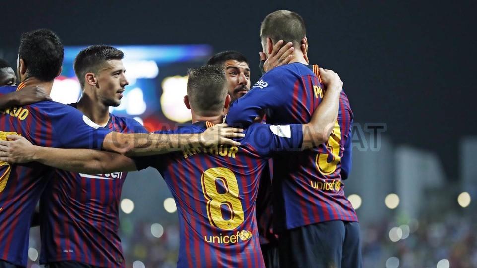 صور مباراة : برشلونة - إشبيلية 2-1 ( 13-08-2018 )  95762528