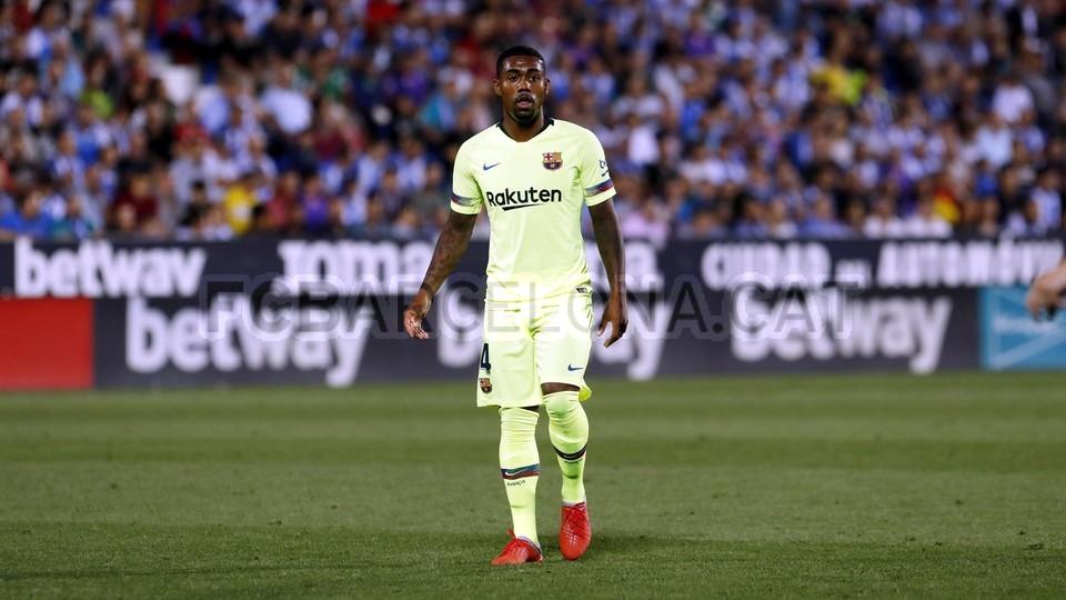 صور مباراة : ليغانيس - برشلونة 2-1 ( 26-09-2018 ) 99786081