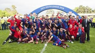Dois gols de Alejandro Marqués e outro de Abel Ruiz garantiram o 2º título europeu do juvenil do Barça em cinco anos.