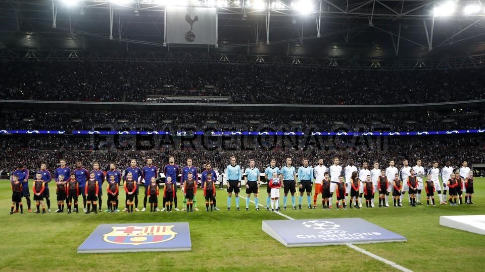 صور مباراة : توتنهام - برشلونة 2-4 ( 03-10-2018 )  100686433