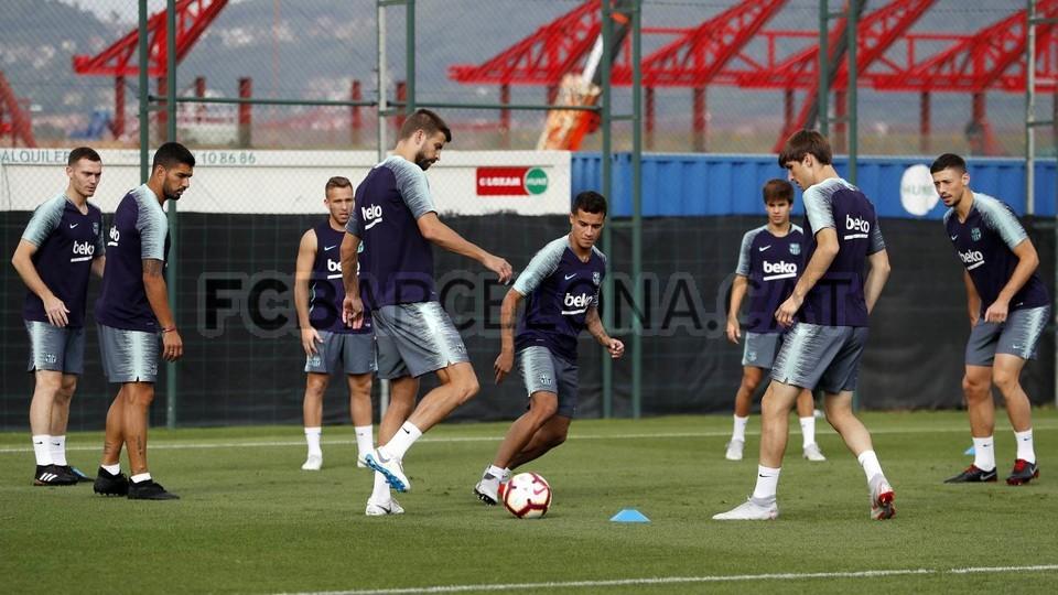 صور : تدريبات الفريق الأول 14-0-08-2018 95868770