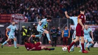 Roma 3 - FC Barcelona 0 (1 minute)