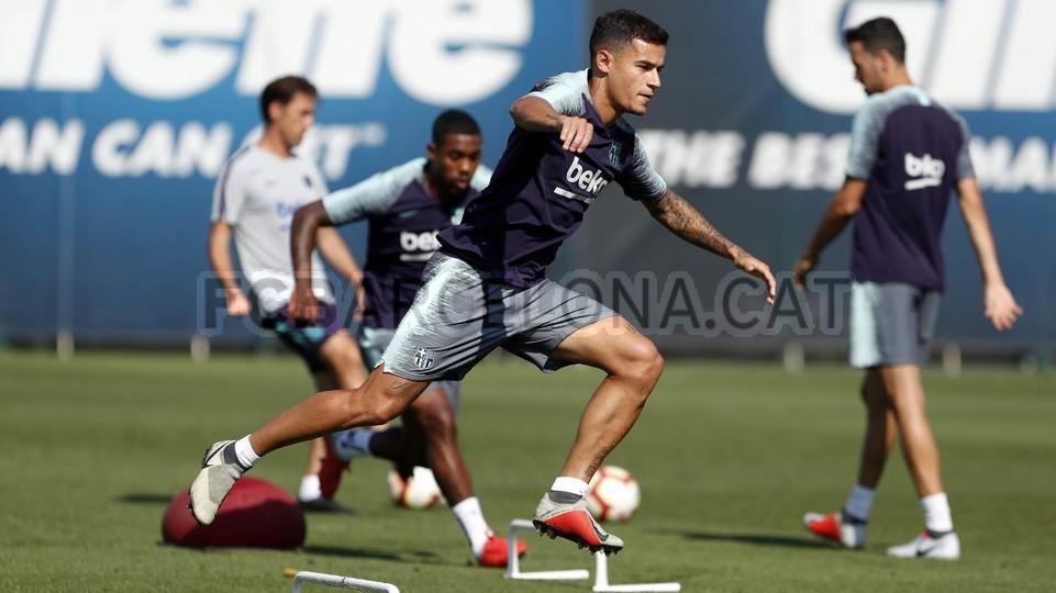 تدريبات مكثفة في برشلونة استعداداً لمباراة الأحد ضد جيرونا 21-09-2018 99246946